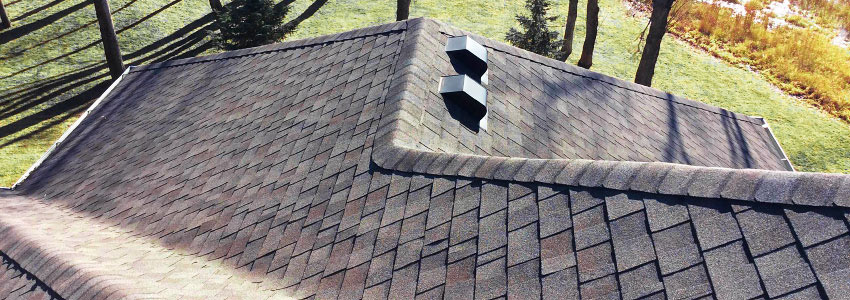 Roofer in Siouxland, Sioux City Iowa (IA), South Dakota (SD)